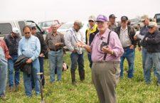Wheat farmers gather for information, seek patience