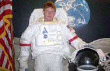 Benda graduates from astronaut training program
