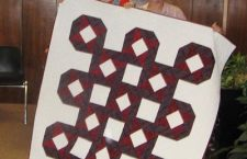 Quilters piece together blankets of gratitude for wounded