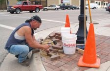 City crews work behind the scenes for art fair?s success