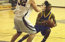 Tabor wraps ?07 with 81-62 at Newman