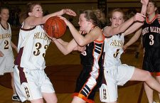 HHS girls drop finale to Vikings