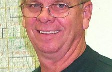 Holub calls for town meeting this evening