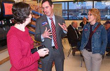Mann?s campaign trail leads to Hillsboro stop
