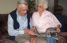 Hillsboro couple remembers magazine photo spread that captured their family Christmas 65 years ago