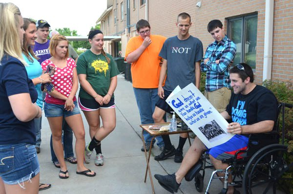 Benefit meal draws 480 people for Moore family