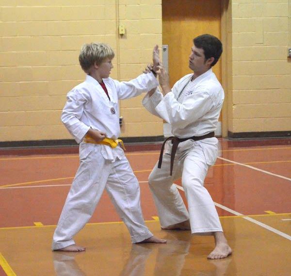 Hillsboro martial arts instructor emphasizes discipline, self-defense