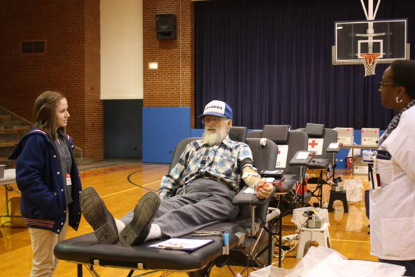 Centre FFA blood drive collects 27 pints for holiday needs
