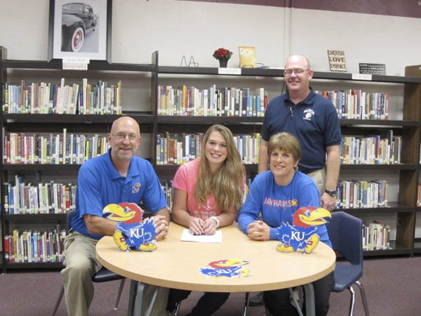 Thierolf signs for KU rowing