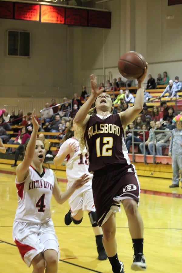 Hillsboro girls advance to sub-state semifinals