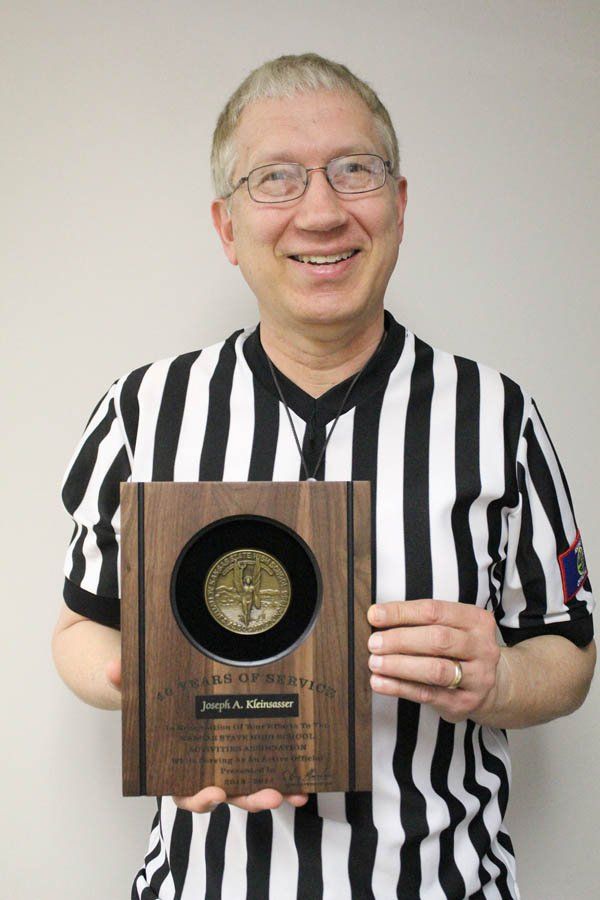 Kleinsasser calls it quits after 40 years of basketball officiating