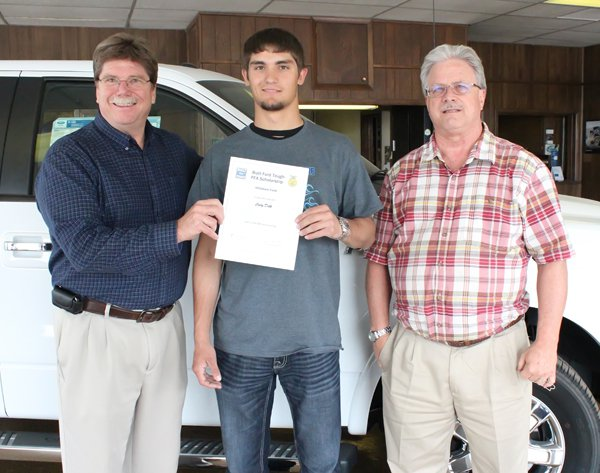 Delk receives Ford scholarship