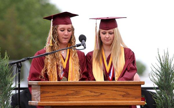 37 seniors earn HHS diplomas