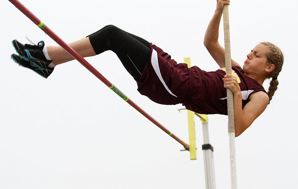 Marah Franz shows the form that earned her a regional championship Friday at the Class 2A regional meet in Hillsboro. The sophomore cleared 9 feet, 6 inches for the gold medal, which ensured a repeat ticket to the state meet this weekend.
