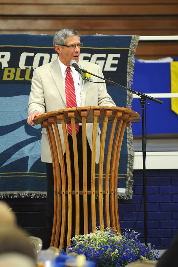 TC banquet honors former AD and current athletes