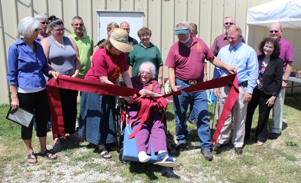 Chamber hosts ribbon-cutting for Grannie's Mustard new location