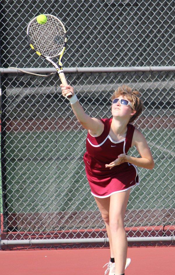 Weber wins singles, Trojans finish fourth