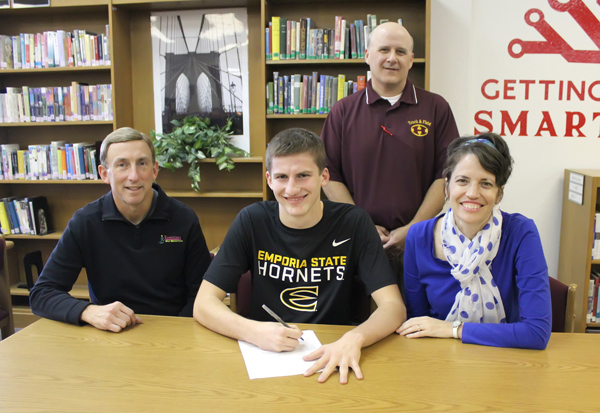 Knoll to run at ESU next year