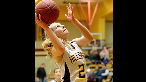 Ratzlaff's 32 points boosts Hillsboro over Nickerson