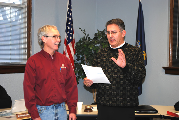 Mike Regnier, fire chief, was honored at the Marion City Council meeting Jan. 9 for his 40 years of service to the fire department and emergency medical support efforts. Recognizing his dedication, Jan. 16 was proclaimed ?Mike Regnier Day.? Patty Decker / Free Press
