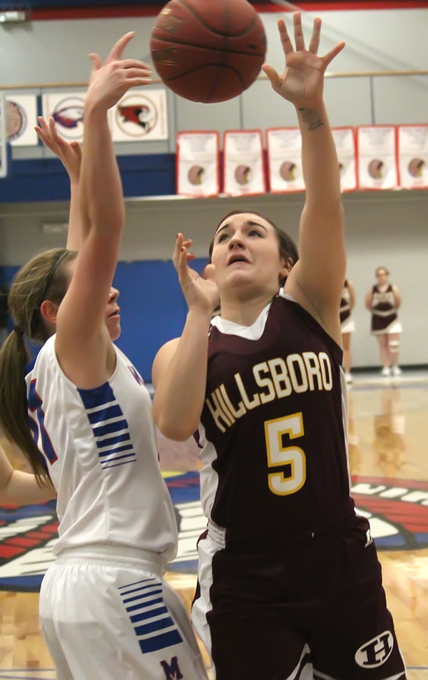 Hillsboro girls win at Marion
