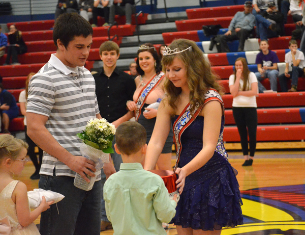Kaylie Waner and Adam Janzen chosen as Warrior winter royalty