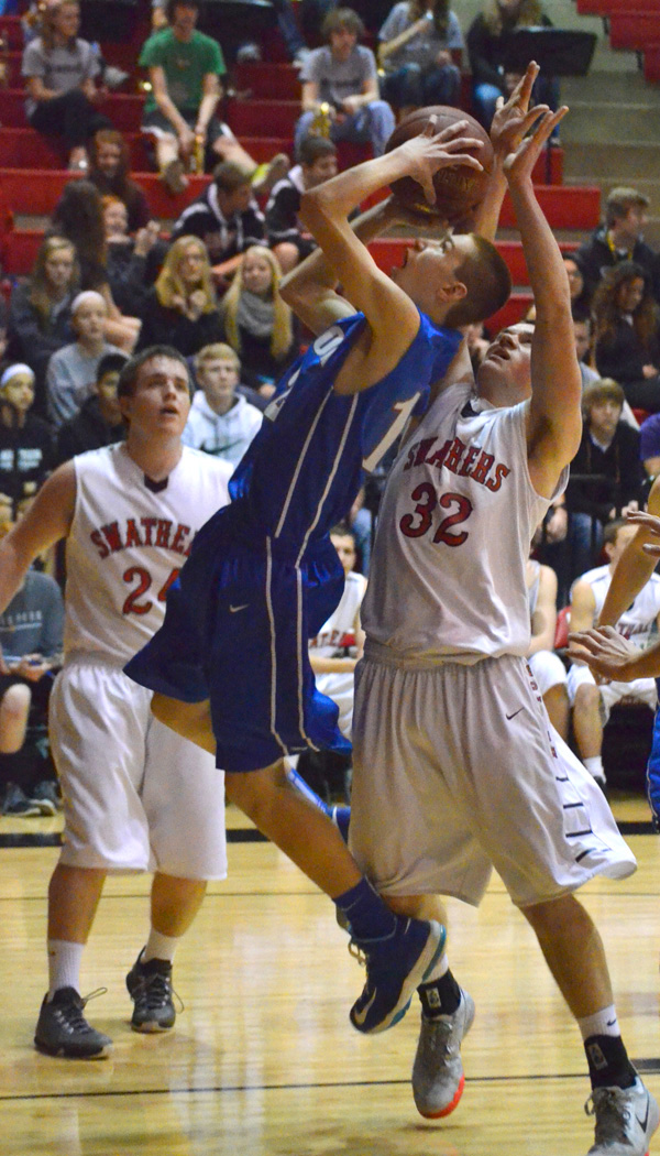 Marion boys conclude season with sub-state loss to Hesston