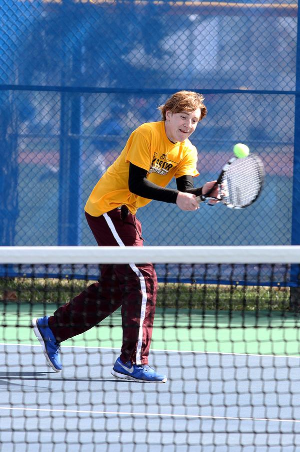 Hillsboro tennis takes to the courts