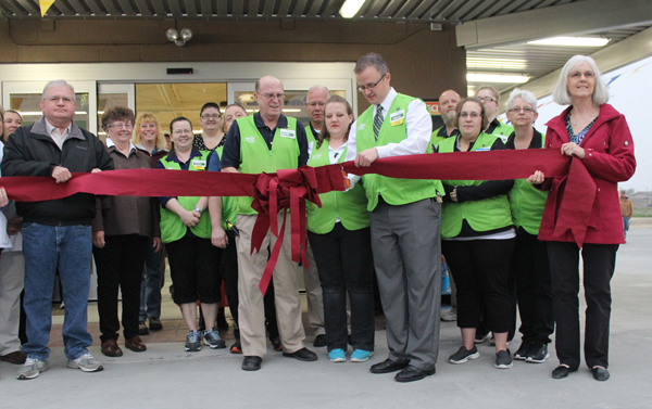 Wal-Mart opens its doors with ribbon-cutting