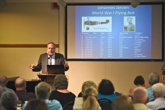 Jantzen speaks on ?Mennonite Soldiers? at CMBS annual dinner