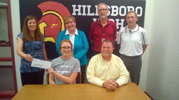 Heinrichs receives top Hutch News scholarship