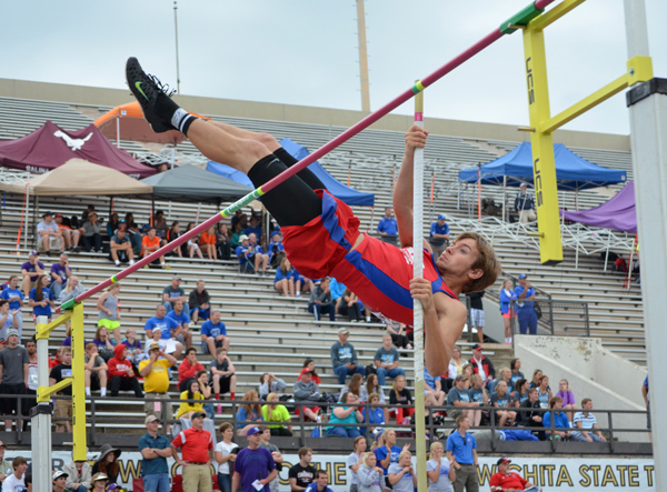 Warriors combine for seven medals at state track meet
