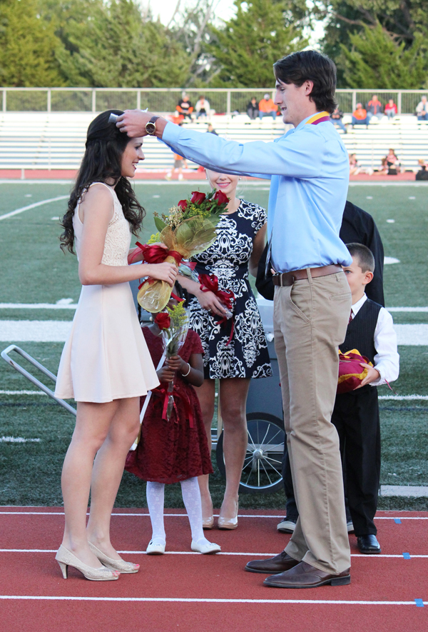 Hillsboro High students choose Sanchez and Cross