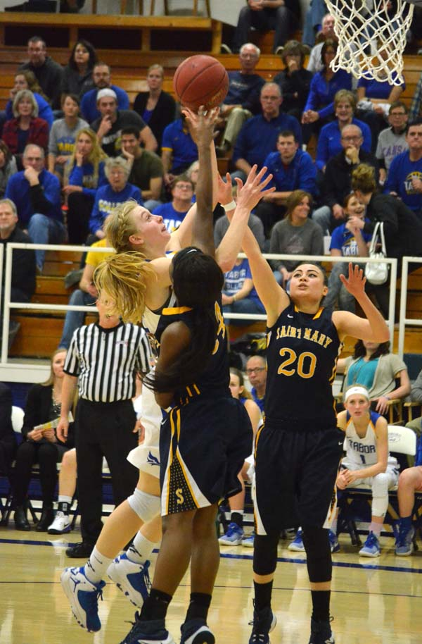 Tabor women defeat Spires, 80-62, advance to tourney finals