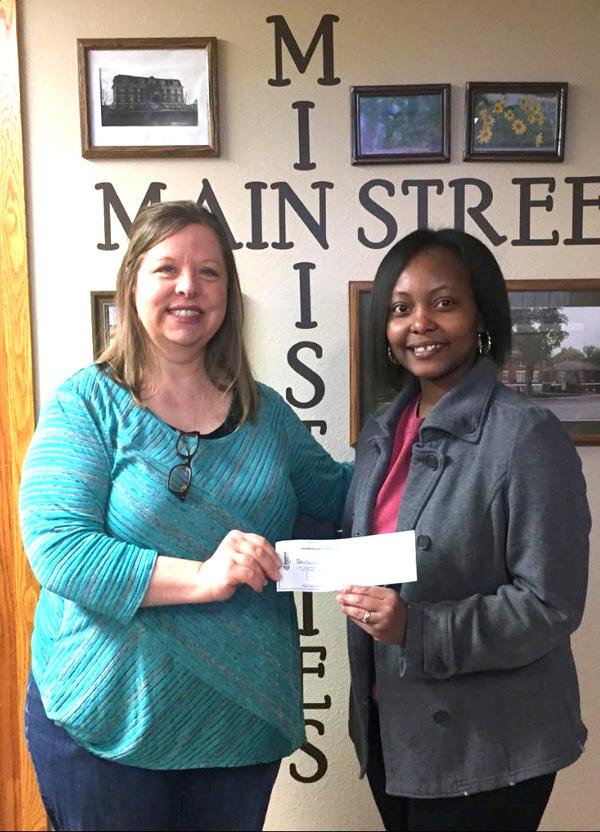 MCFBA donates to local food bank
