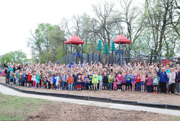 Marion Elementary celebrates new playground