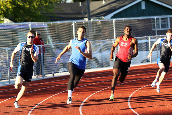 Tabor wins 5 golds at KCAC meet