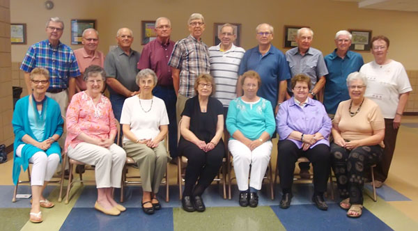Eighteen HHS alums participate in 60-year class reunion