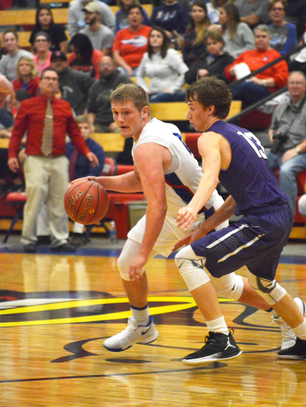 Marion boys topped by Southeast of Saline, 54-53