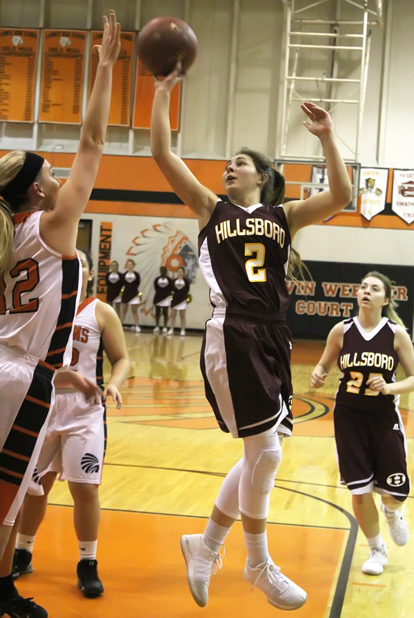 Hillsboro basketball teams sweep Larned- Girl's Team
