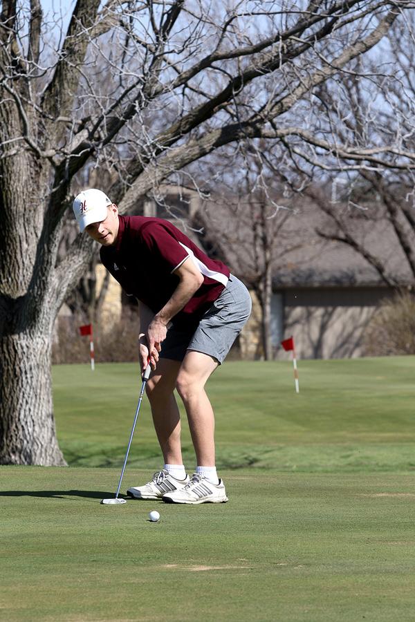 Hillsboro golf team places 2nd twice