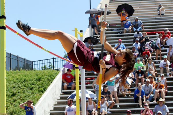 Hillsboro's Sienna Kaufman clears 10 feet to claim second place in the 2A pole vault competition at the state track and field championships on Saturday. Phyllis Richert photo
