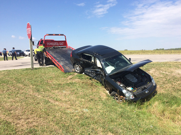 Marion County Sheriff van involved in wreck