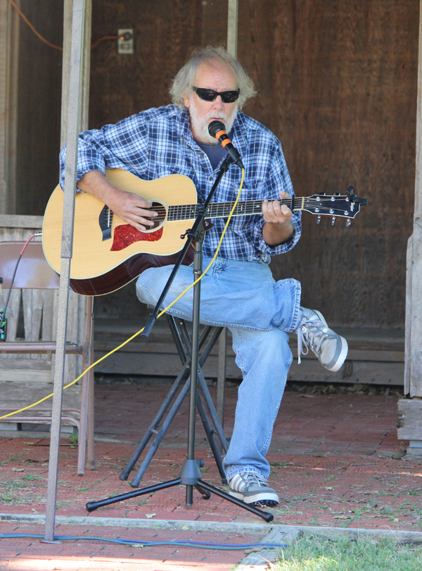 There were several musicians who performed on Saturday. Local Galen Obermeyer performed Johnny Cash and other songs while attendees sat enjoying the fall weather. Laura Fowler Paulus / Free Press