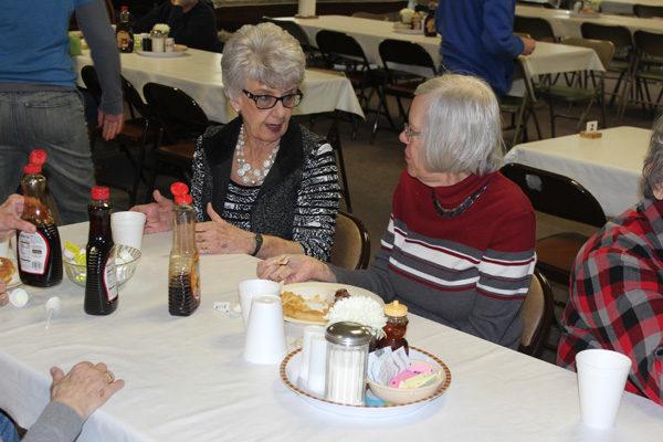 Hillsboro Senior Center hosts fundraiser