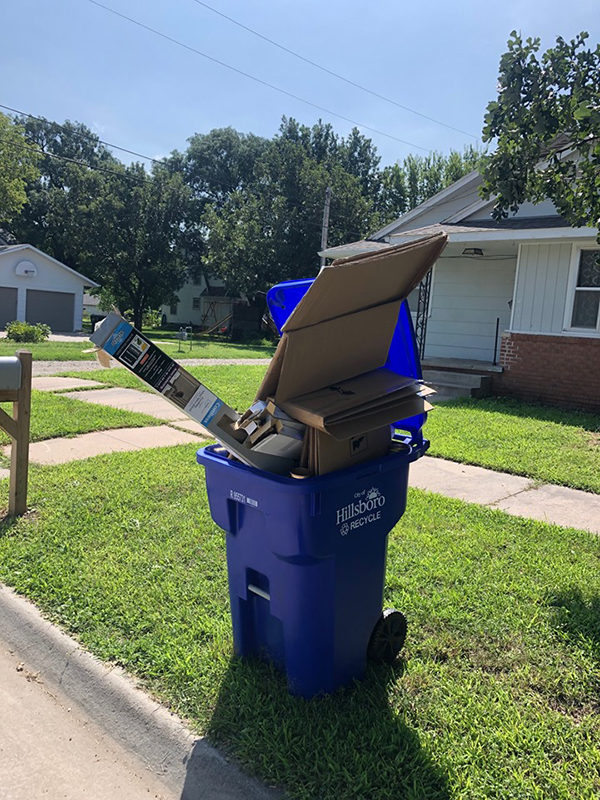 Hillsboro residents are encouraged to not overfill recycling containers. Take extra to the recycling center.