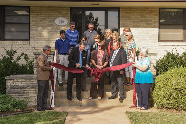 Tabor hosts ribbon-cutting for Graduate Studies building