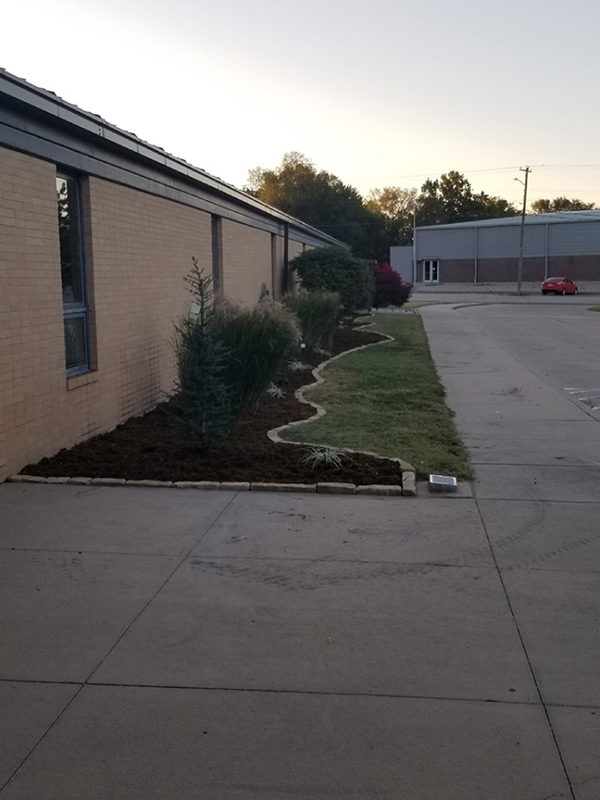 Marion Elementary gets some curb  appeal after grant